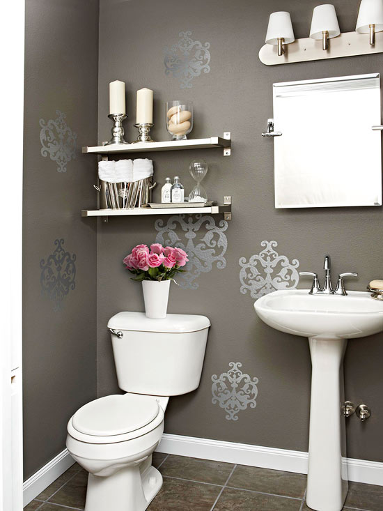 Randomly Place Wall Decals For Added Flare To Your Bathroom Walls