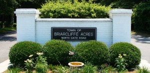 briarcliffe-acres sign
