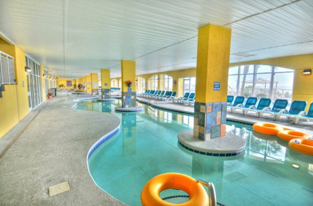 camelot-indoor-lazy-river